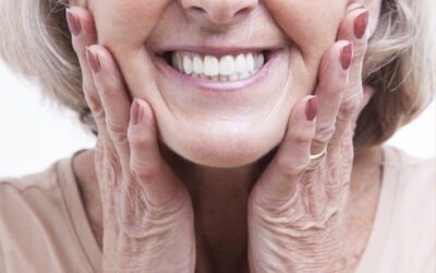 A Few Things You Should Know When Getting Dentures